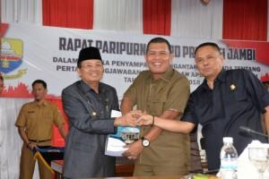 DPRD Terima Nota Pengantar Ranperda Pertanggungjawaban Pelaksanaan APBD 2018