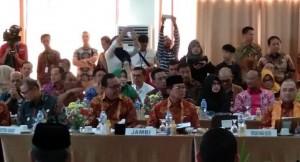 Hadiri Rakor Gubernur se-Sumatera, Cornelis Minta Pelabuhan Ujung Jabung Dilanjutkan
