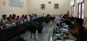 DPRD Kumpulkan Pegiat Lingkungan Membahas Penanganan Karhutla