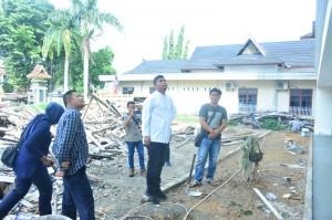 Wakil Ketua Minta Rekanan Segera Merapikan Bangunan Eks Dinas Pertanian