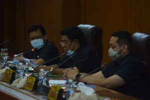 Pandemi COVID-19 Belum Berakhir, Dewan Ingatkan Warga Tetap Waspada