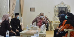 Ketua DPRD Sasaran Pertama Pendataan Keluarga 2021