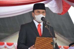 Jadi Petugas Upacara HUT RI ke-76, Ketua DPRD Edi Purwanto Baca Teks Proklamasi